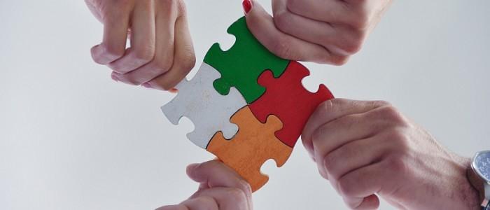 barevné puzzle